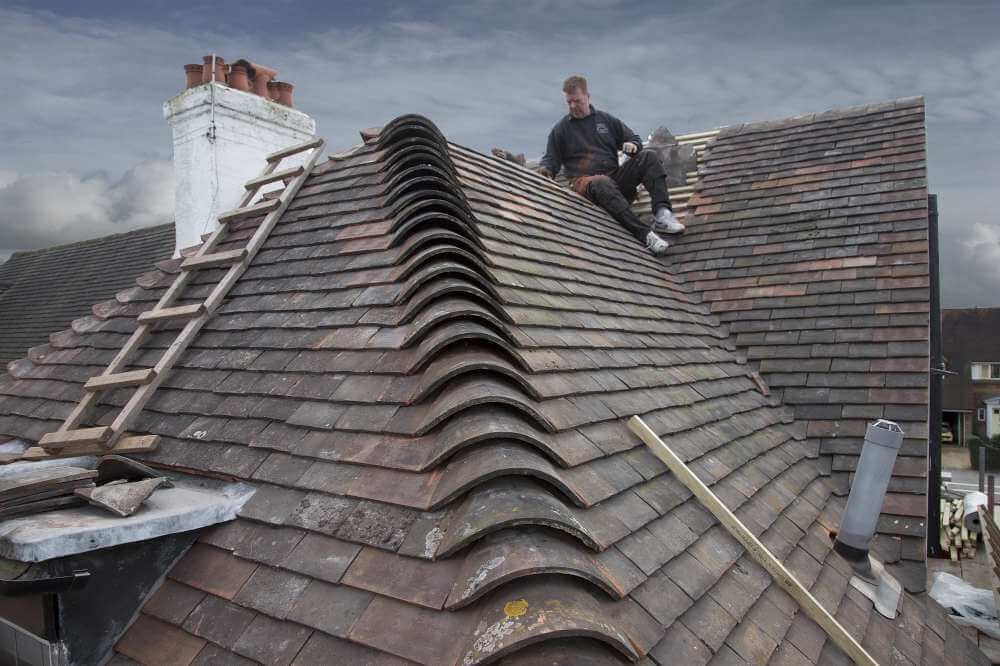 Choosing The Right Roofers – Tips To Remember